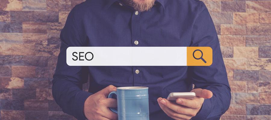 Firmenblog + SEO (Bild: Shutterstock)